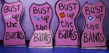 Progressive Senators Elizabeth Warren and Bernie Sanders have been calling for the feds to bust up the too-big-too-fail banks.